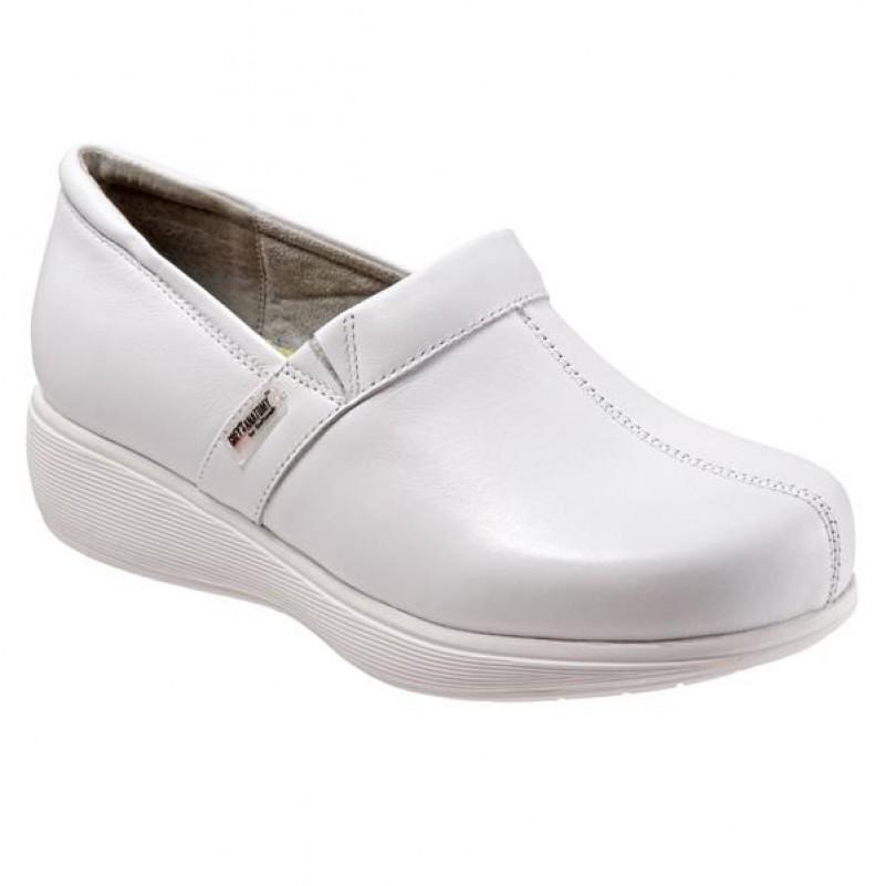 Grey\'s Anatomy Meredith Softwalk Nursing Shoe - White #G1400-100